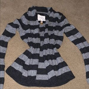 MIX AND MATCH 5/$25 American eagle cardigan
